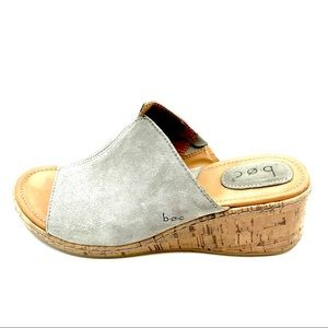 Boc Slip on Heeled Clogs Gray Suede Leather sandal